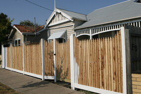 timber fence get hammered builder carpenter narellan vale campbelltown oran park cobbitty