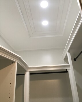 walk-in robe cupboard wardrobe get hammered builder carpenter narellan vale campbelltown oran park cobbitty