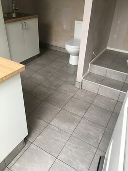 laundry tiling bathroom get hammered builder carpenter narellan vale campbelltown oran park cobbitty
